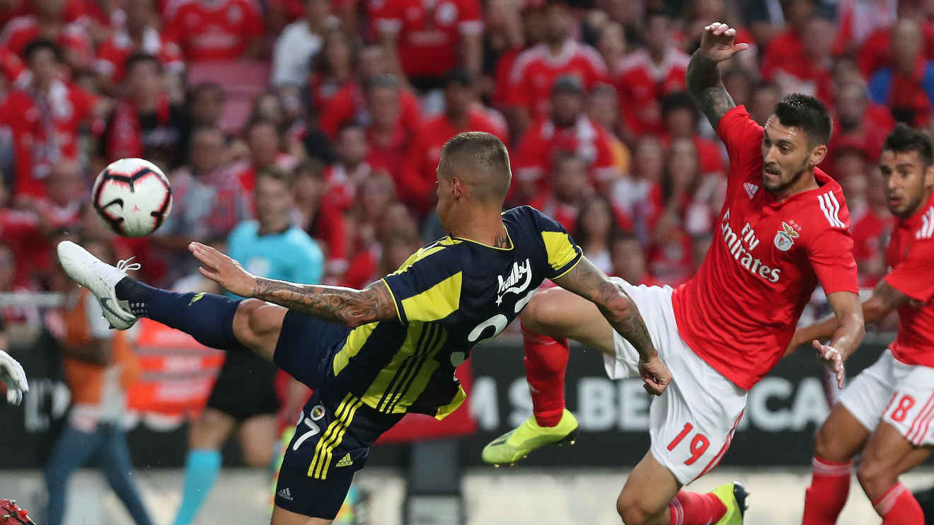 Photo of Benfica draw in Turkey and move on to the Champions League play-off
