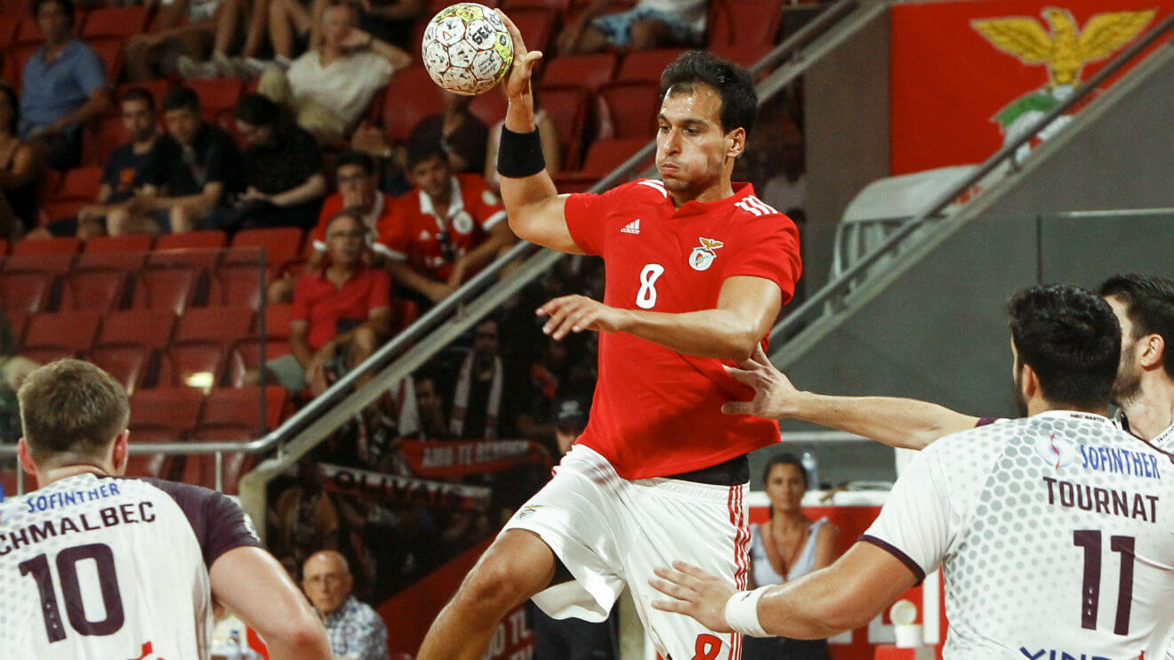 Photo of Benfica beats Sporting and conquers Handball Super Cup
