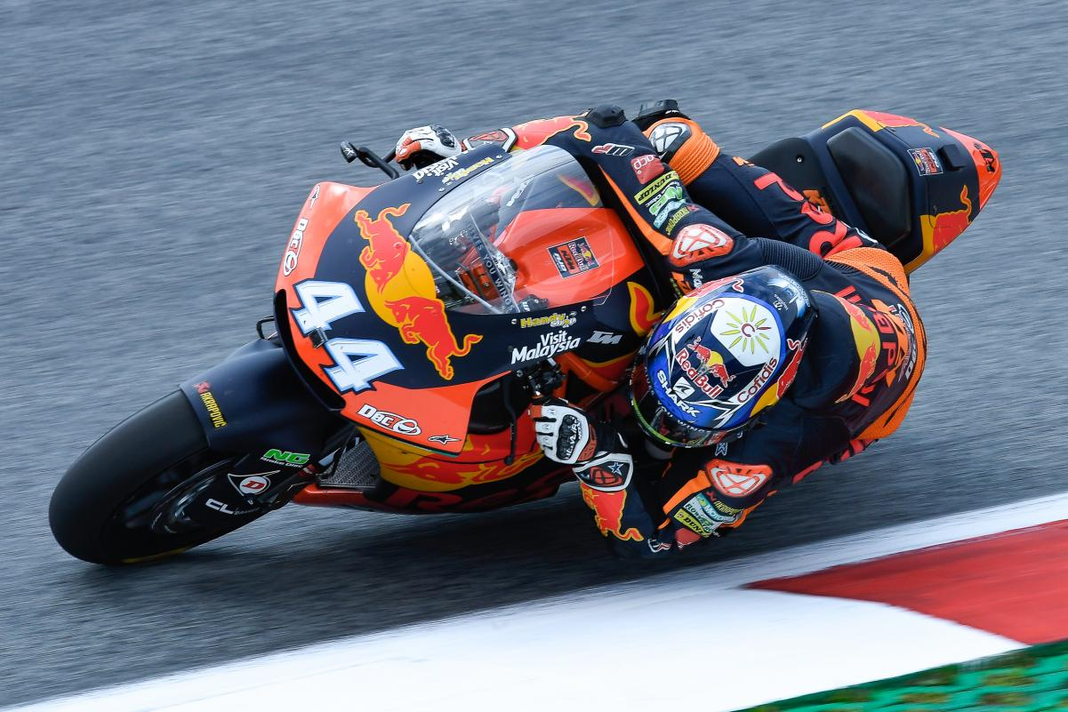 Photo of Miguel Oliveira starts from the 7th place in a decisive race