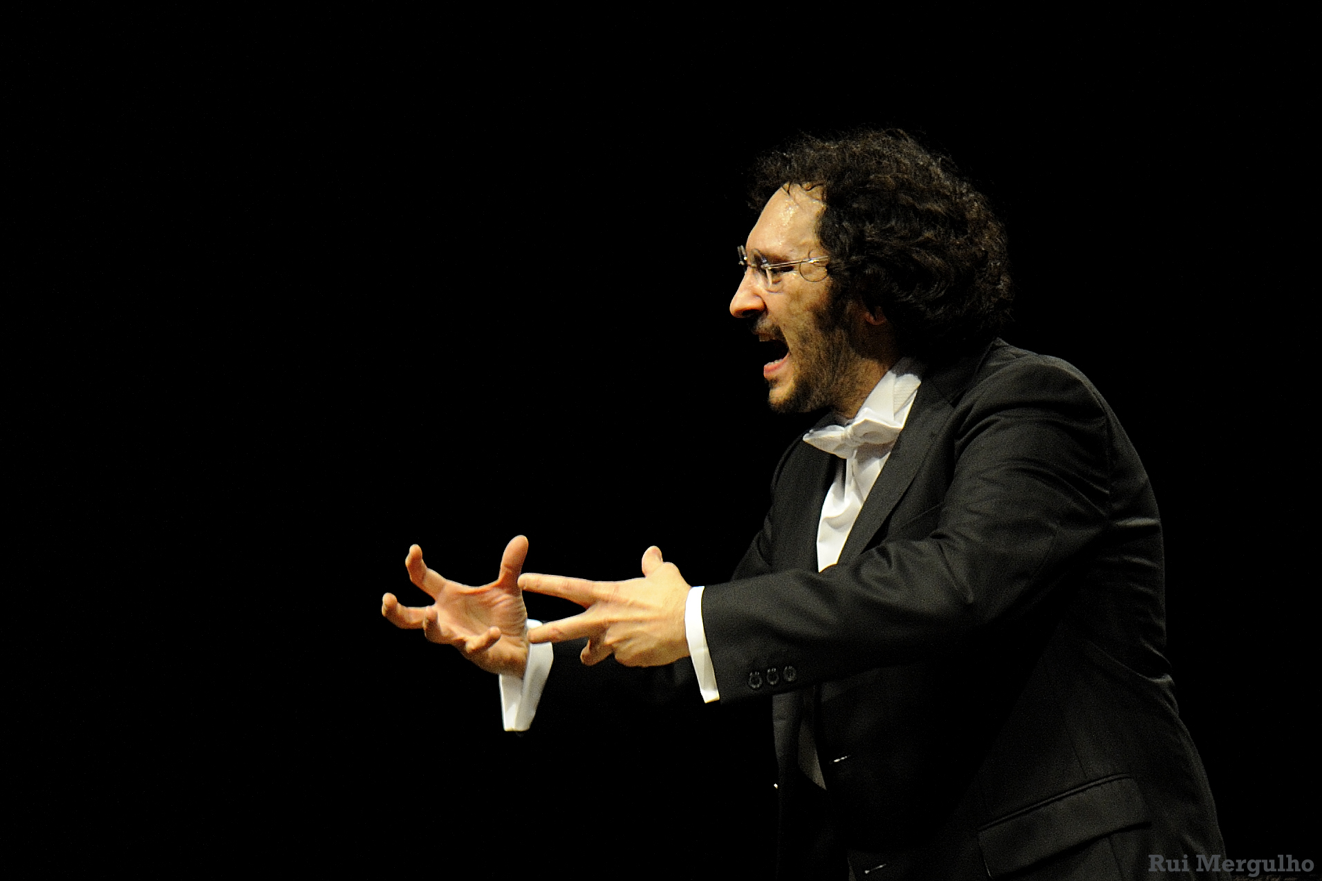 Photo of Côrte-Real conducts concerts with Orchestra Sinfonica Giuseppe Verdi