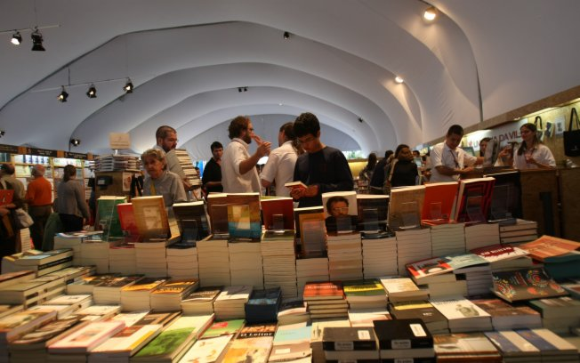Photo of Óbidos International Literary Festival starts on Thursday