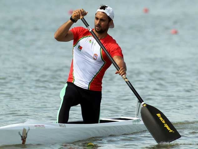Photo of Hélder Silva in the final of C1 200 and three boats in the 'semi-finals'