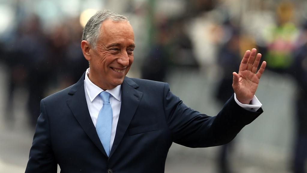 Photo of Marcelo Rebelo de Sousa in Mozambique for a five days visit