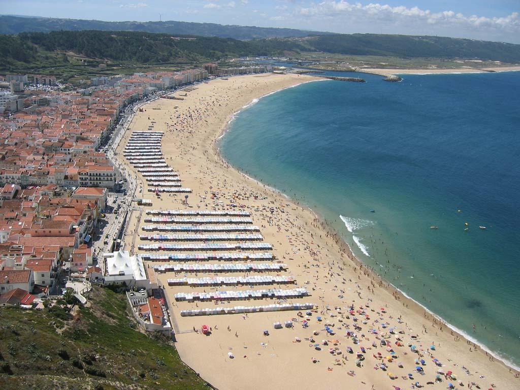 Photo of Nazaré Beach – Nazaré