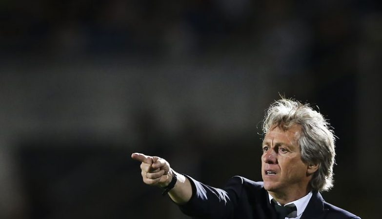 Photo of Al Hilal, of Jorge Jesus, thrashes in the eighth of the Arab Championships