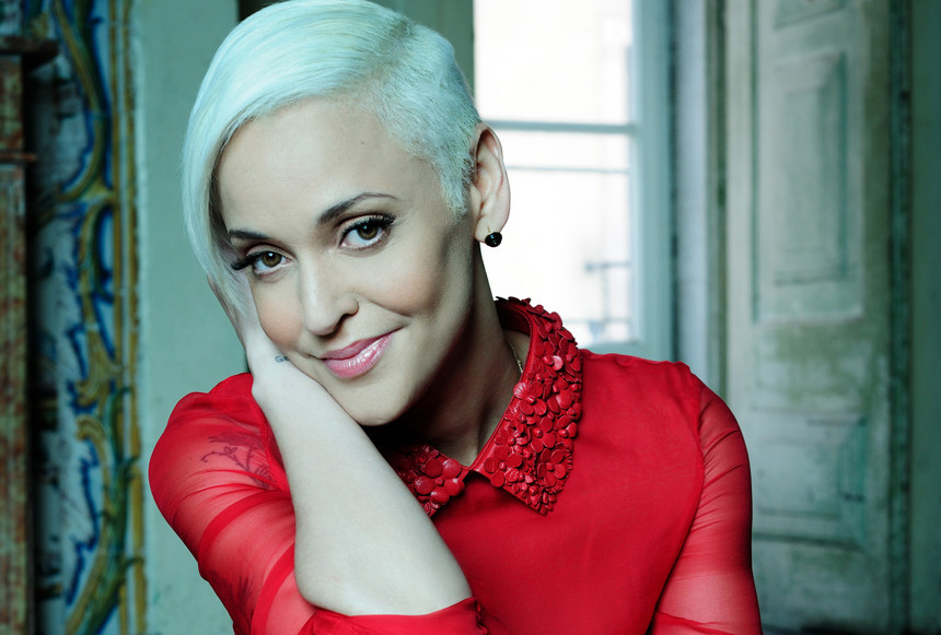 Photo of Mariza distinguished again with Songlines award