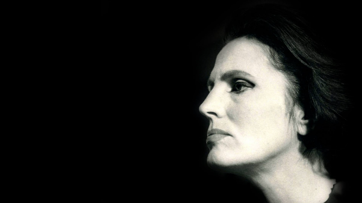 "Photo of AMALIA RODRIGUES ""CASA DA MARIQUINHAS"""