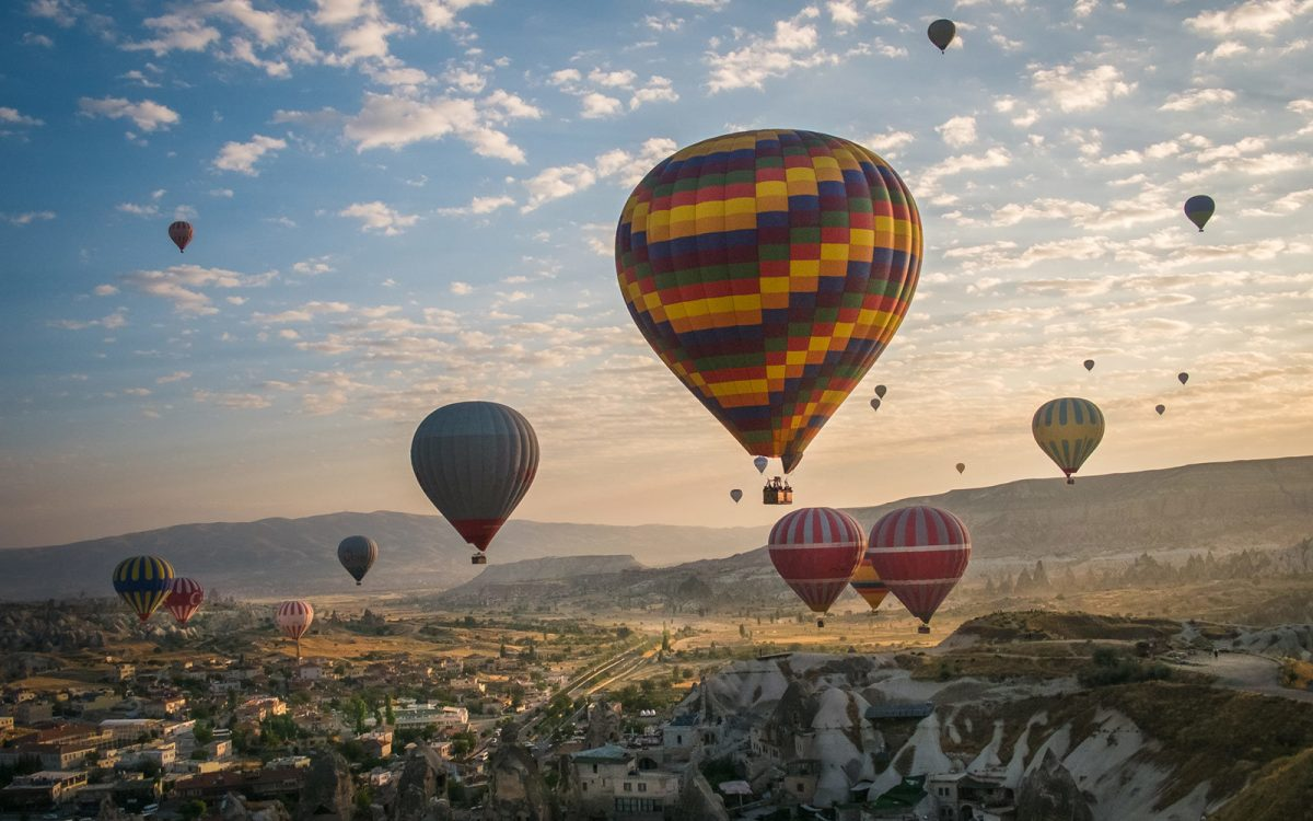 Photo of Lisbon hosts free hot air balloon trips