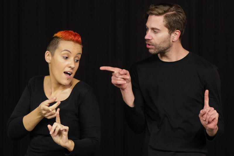 Photo of Portuguese interpreters create video clips in sign language