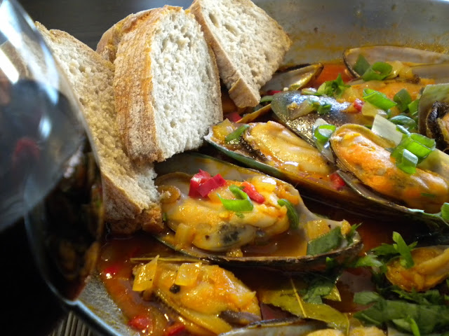 Photo of Mussels Portuguese Style