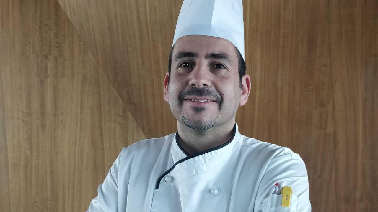Photo of Chef Celestino Grave prepares Christmas with showcooking at Porto Palácio