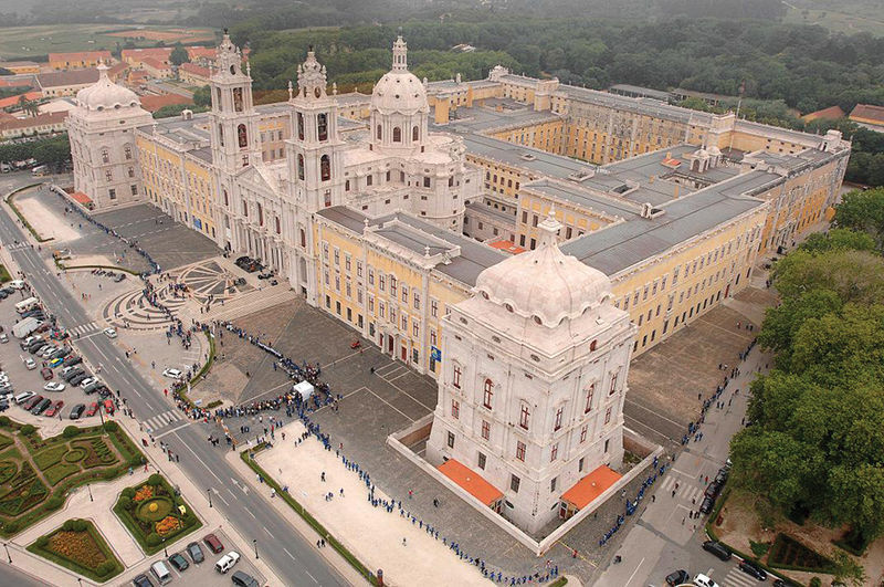 Photo of Mafra Palace has miniature built from laser technology
