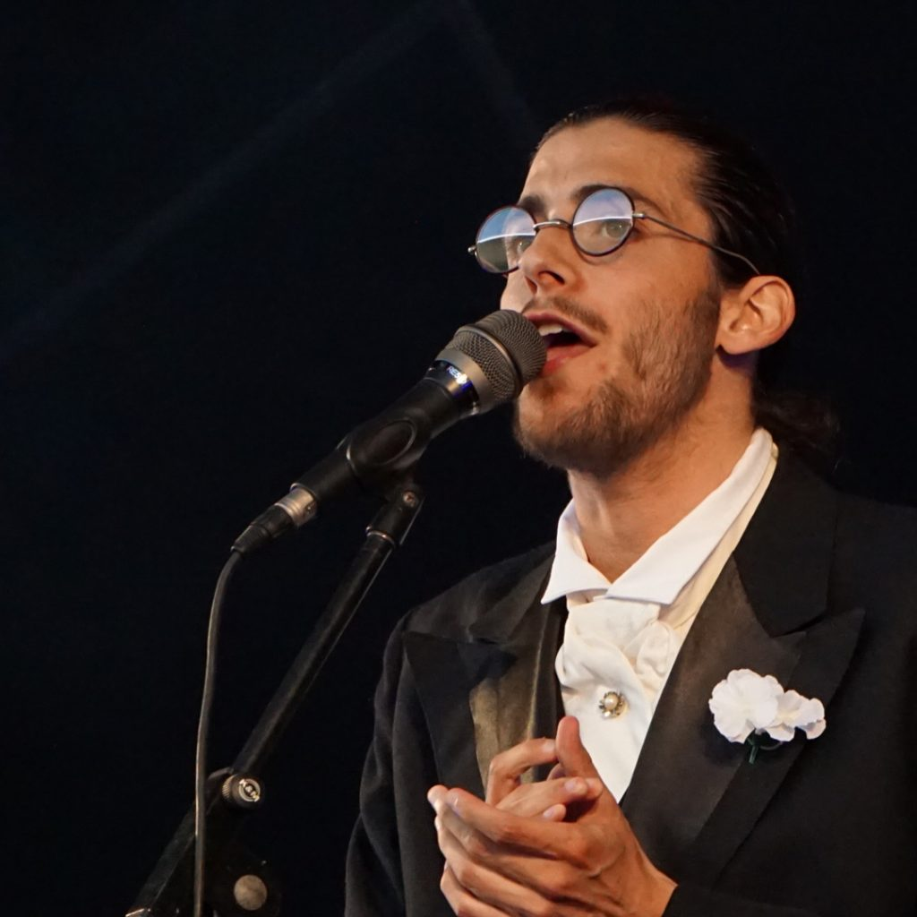 Photo of Salvador Sobral releases new album and acts in the coliseums and theaters