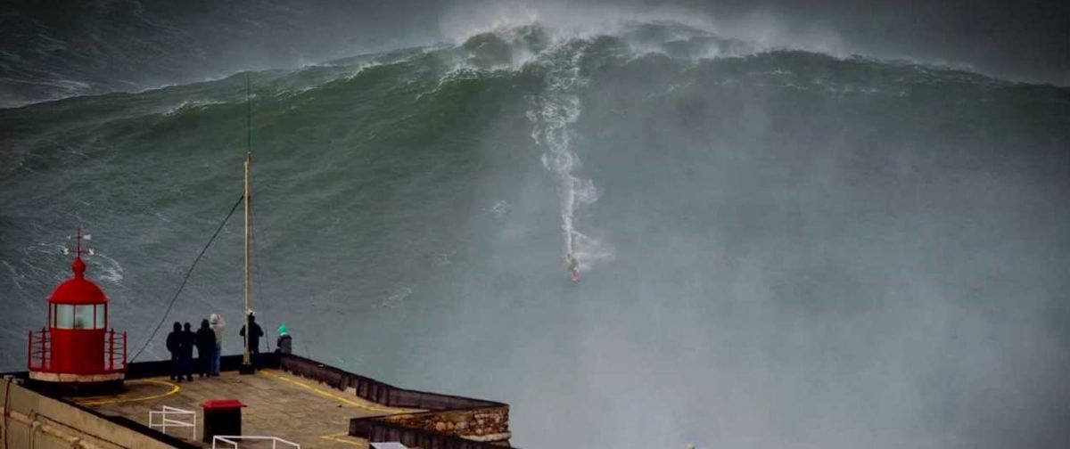 Photo of Thousands of people thrilled with Nazaré surf show
