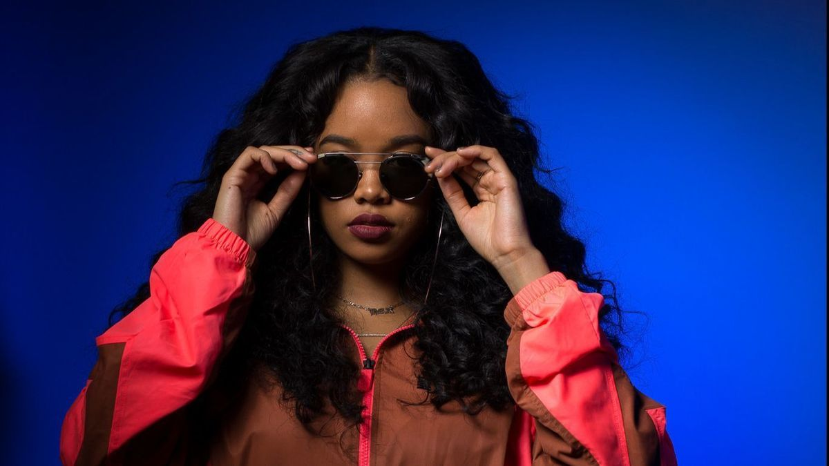 Photo of H.E.R. is the latest confirmation for the NOS Alive