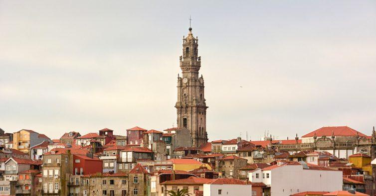 Photo of Torre dos Clérigos