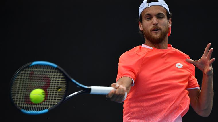 Photo of João Sousa wins in pairs and heads to the quarterfinals