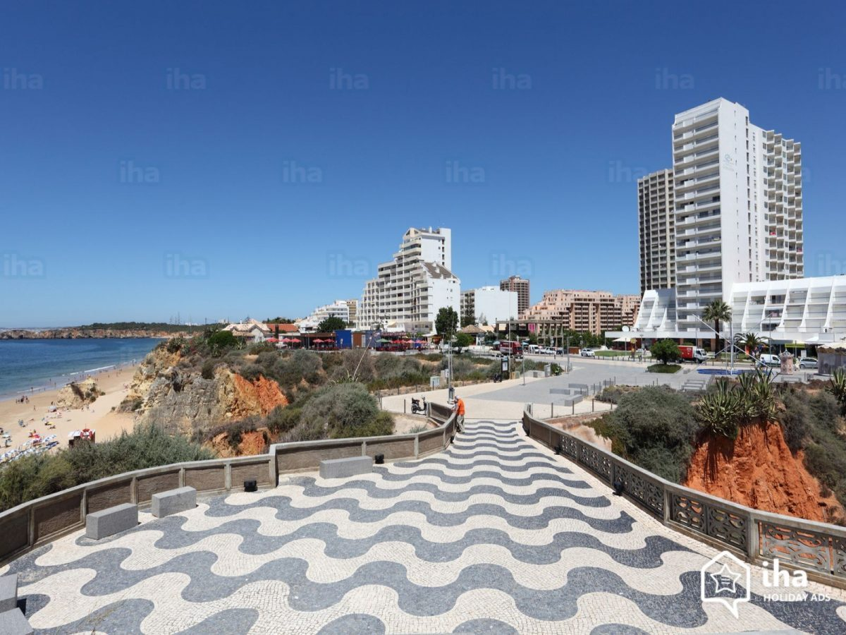Photo of Praia da Rocha(Portimão): Points of interest