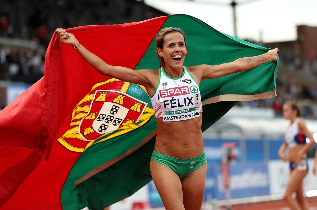 Photo of Portugal with bronze in female seniors at European Cross Country