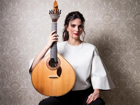 Photo of Guitarist Marta Pereira da Costa tours US in March