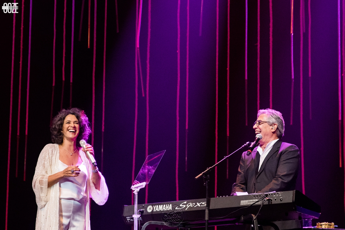 Photo of Simone and Ivan Lins perform on February 7 at Casino Estoril