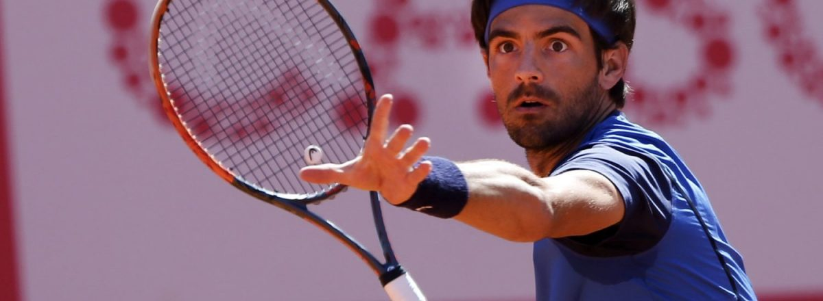 Photo of Gastão Elias qualifies for the third round of the Yokohama Challenger