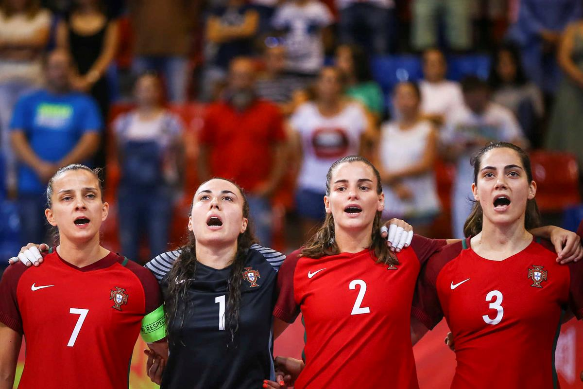 Photo of Portugal in the final of the European Futsal Championship