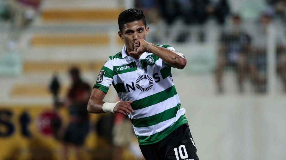 Photo of Official: Fredy Montero leaves Sporting