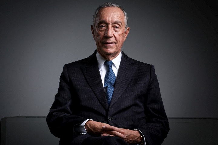 Photo of Marcelo Rebelo de Sousa participates in honor of Manuela Silva