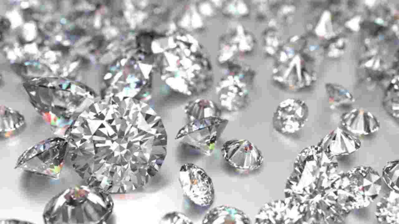 Photo of Diamond trading gives gross revenue of 1,065 million to Angola