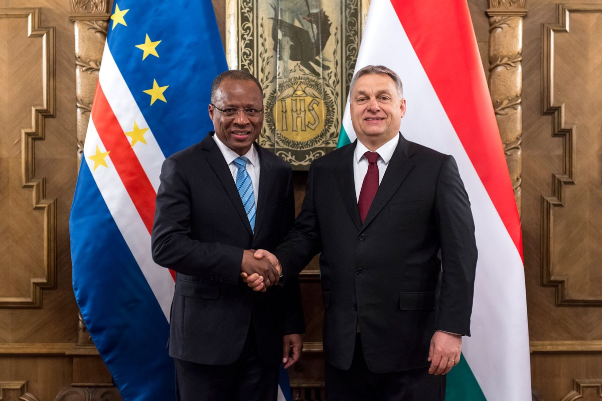 Photo of Hungary signs an agreement in Cape Verde for the financing of 35 million