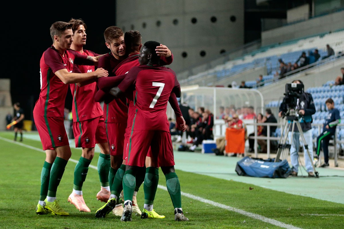 Photo of Portugal beats England in the second round of the Toulon Tournament