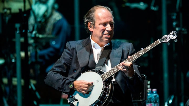 Photo of Hans Zimmer took the stage at Altice Arena but has already announced a return
