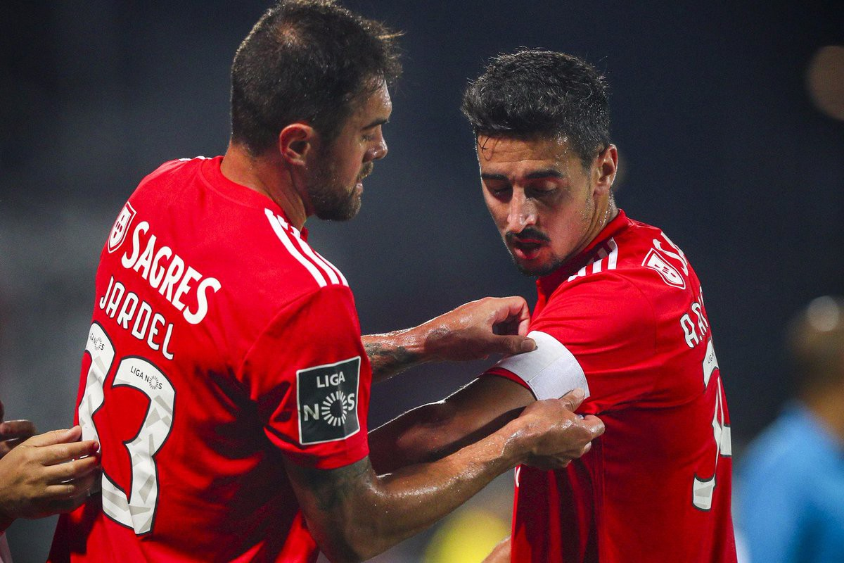 Photo of Benfica captains leave message to supporters