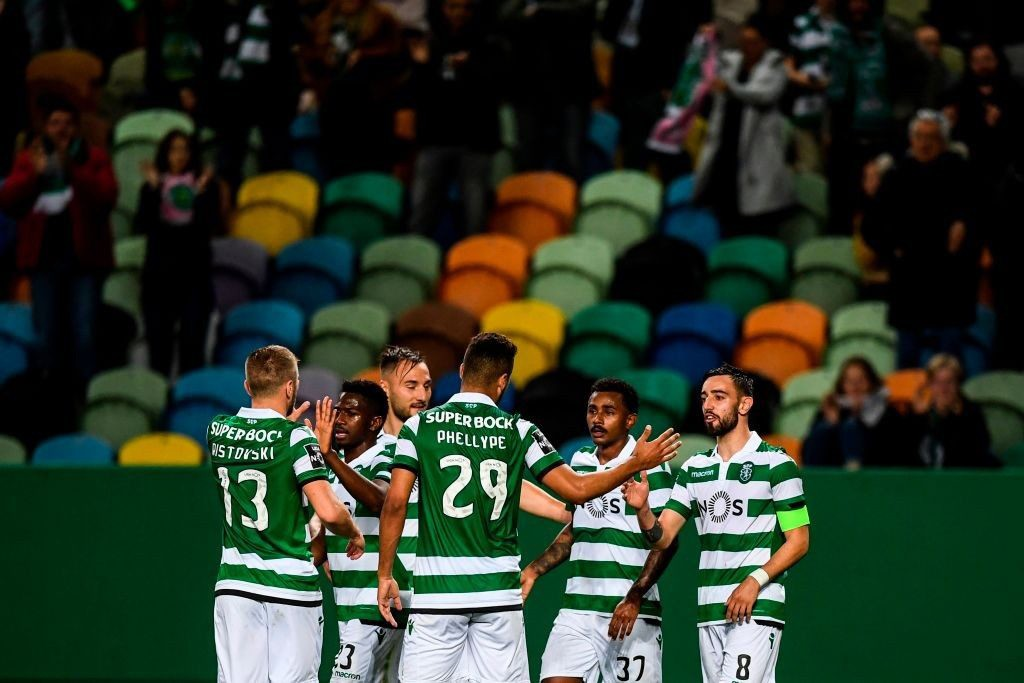 Photo of Sporting wins Rio Ave 3-0 in Alvalade