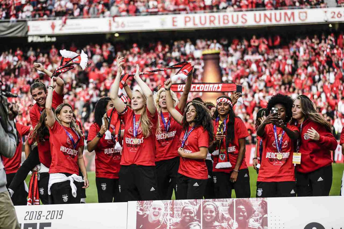 Photo of Benfica wins Portugal Cup
