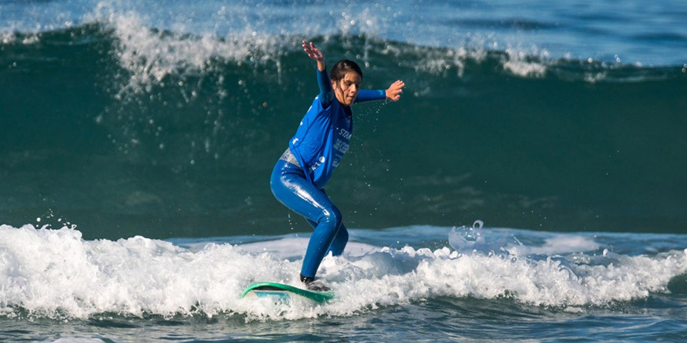 Photo of In the first European adapted surf, Marta Paço conquers the gold