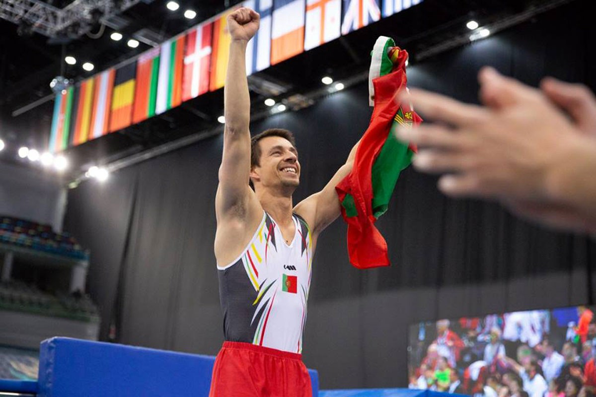 Photo of Bronze medal for Diogo Ganchinho on the trampolines