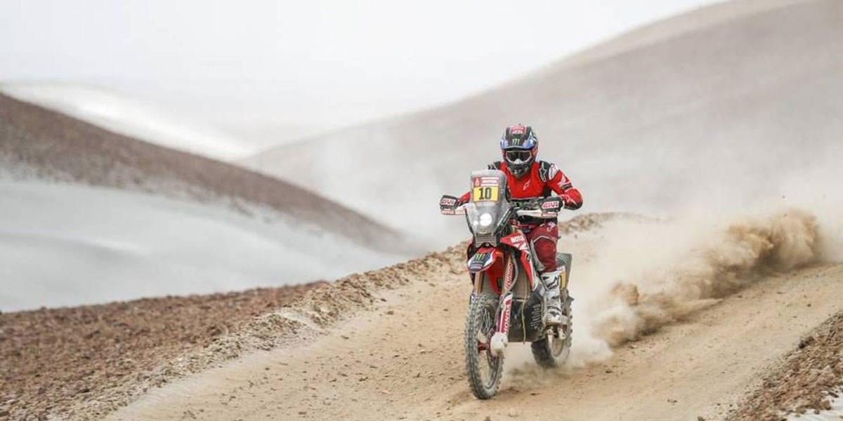 Photo of Paulo Gonçalves in third place in the fifth stage of the Silk Road rally