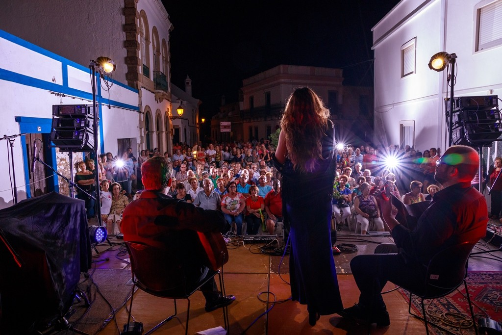 Photo of Art prepares to take to the streets in the historical center of São Brás de Alportel