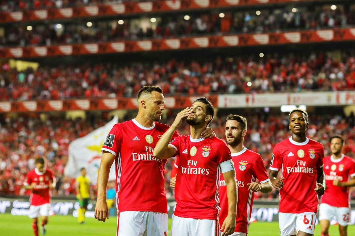 Photo of Benfica beats Paços de Ferreira at Estádio da Luz