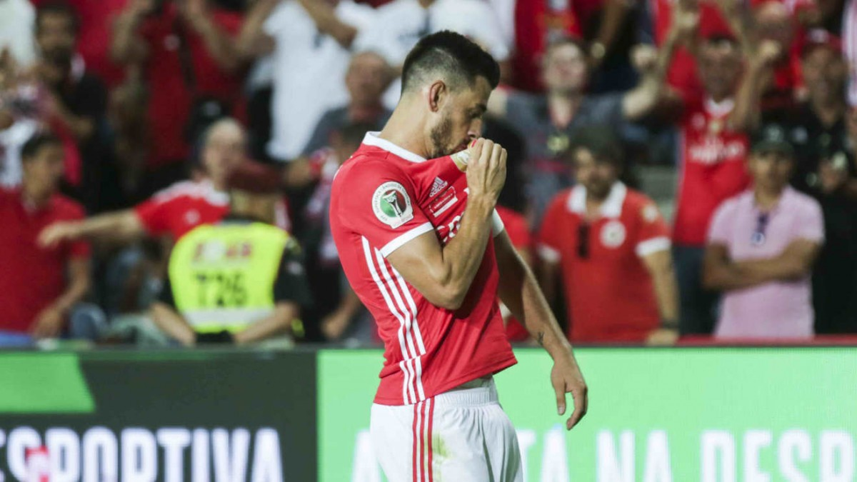 Photo of Benfica defeats Sporting and wins the Super Cup in Algarve