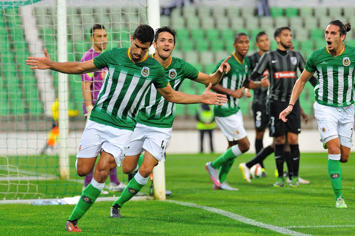 Photo of Rio Ave wins against Vitória de Setúbal