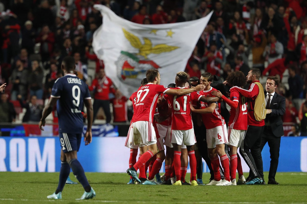Photo of Benfica beats Lyon and claims first win in the Champions