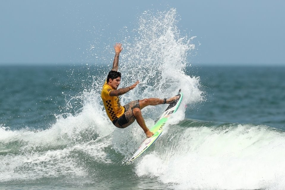 Photo of World title decision moves to Hawaii after Medina crash
