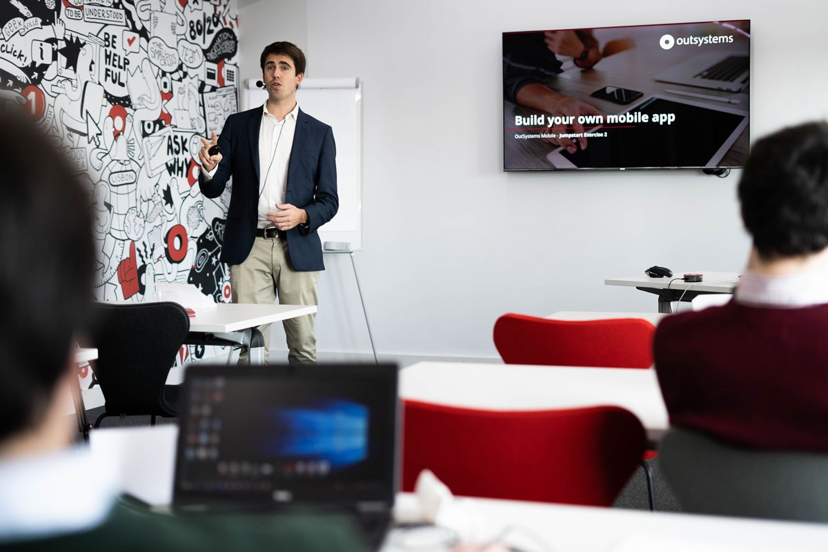 Photo of OutSystems Announces Low-Code School to Train New Professionals