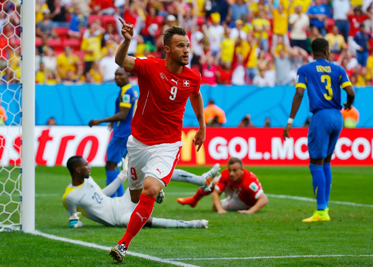 Photo of Seferovic distinguished in Switzerland: Player of the year