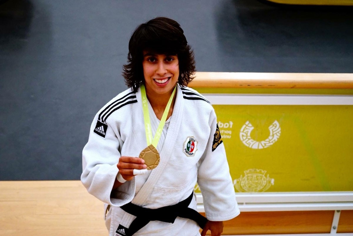 Photo of Catarina Costa among the champions on the second day of the National Judo Championship