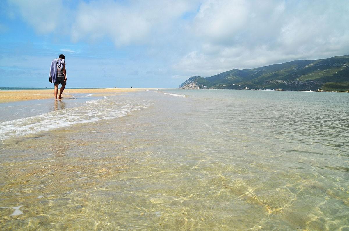 Photo of Praia da Figueirinha – About
