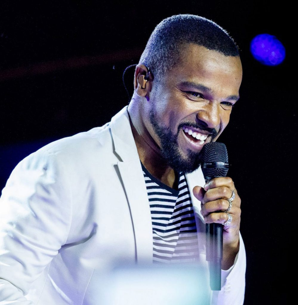 Photo of Alexandre Pires is back to Portugal with his solo career